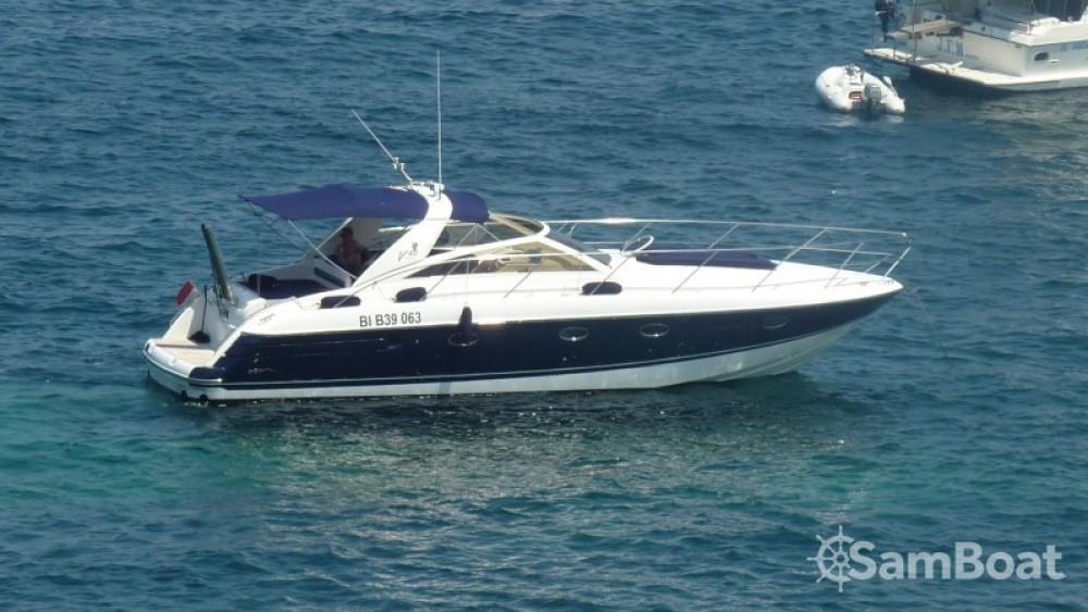 Motorboot mieten in  - Princess Princess V40
