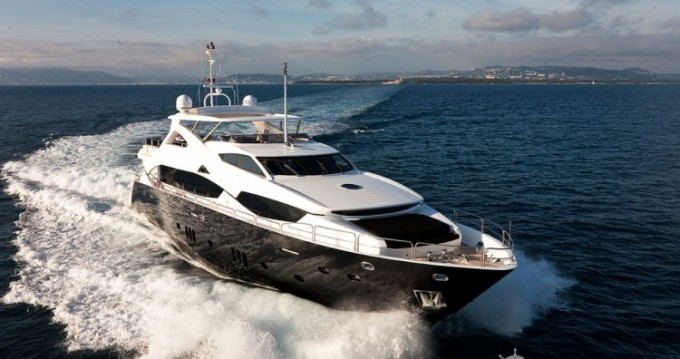 Louer Yacht avec ou sans skipper Sunseeker à Antibes