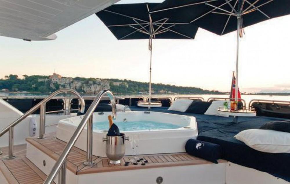 Yachten mit oder ohne Skipper Sunseeker mieten in Antibes