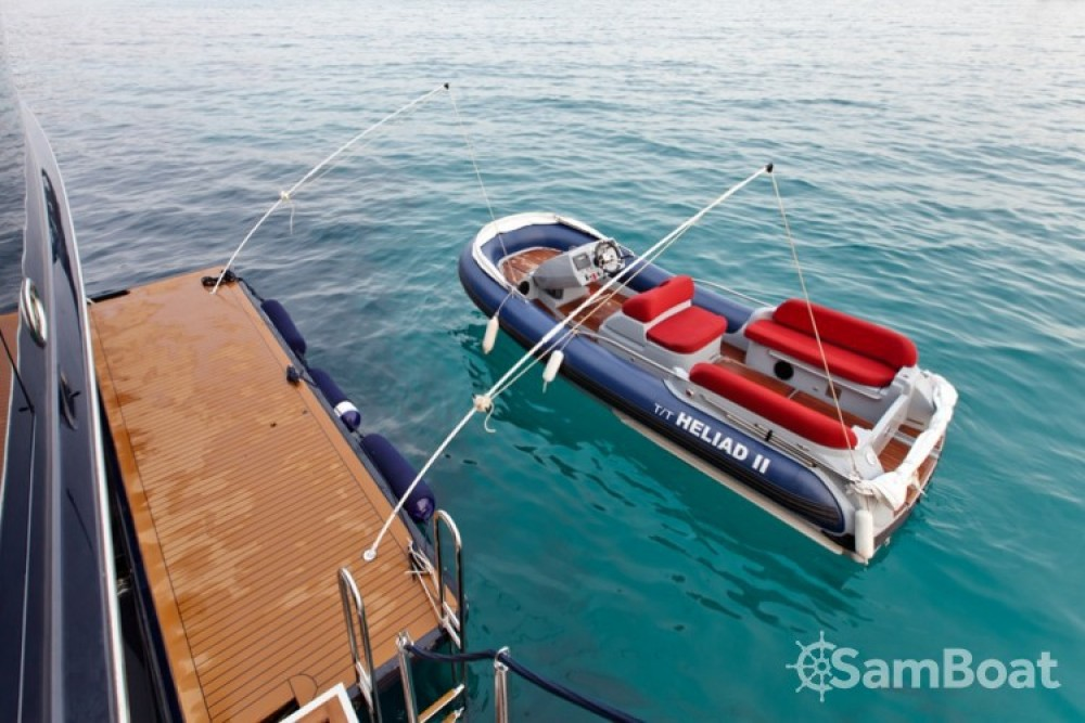 Boat rental Golfe-Juan cheap Lynx