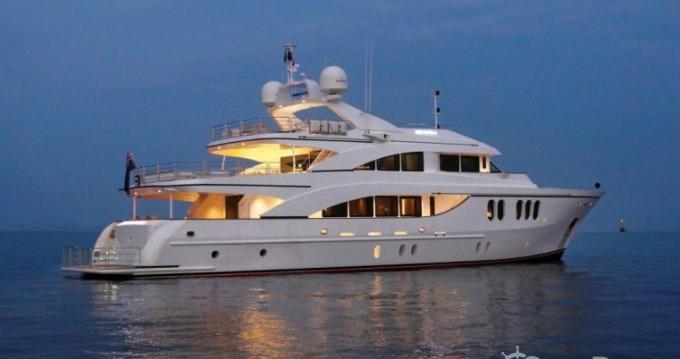 Louer Yacht avec ou sans skipper Fittipaldi à Cannes