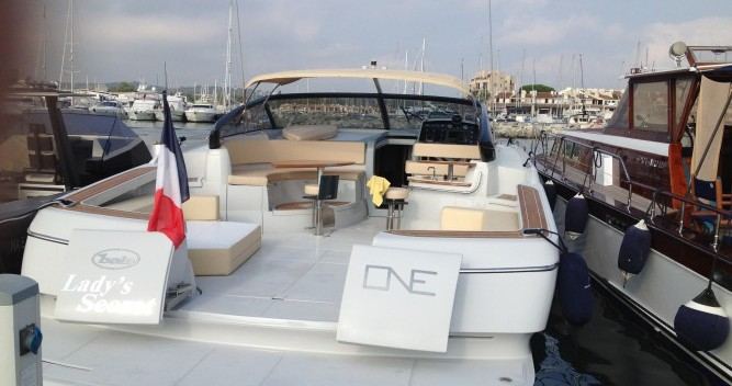 Rental Motor boat in Calvi - Baia One 43