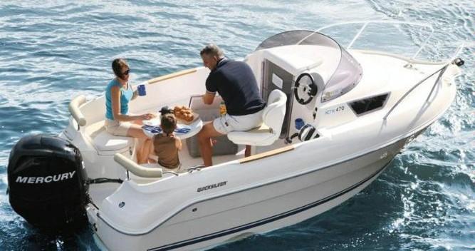 Location bateau La Ciotat pas cher Activ 470 Cabin