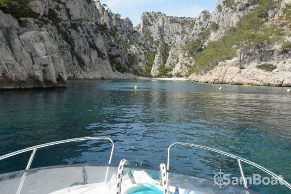 Location yacht à La Ciotat - Quicksilver Activ 470 Cabin (permis bateau obligatoire) sur SamBoat