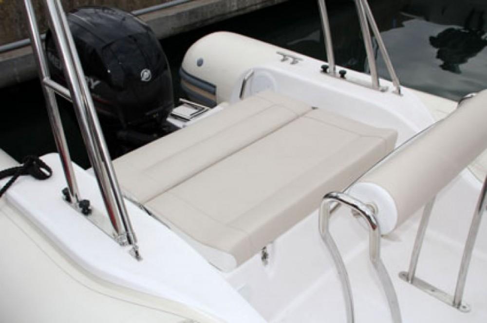 Bootverhuur La Rochelle goedkoop Valiant 630 Classic