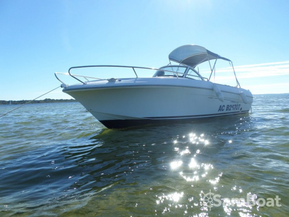 Hire Motor boat with or without skipper Bénéteau Arcachon