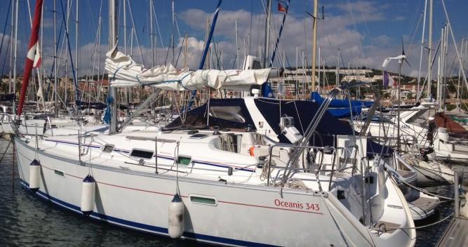 Location yacht à Bandol - Bénéteau Oceanis 343 Clipper sur SamBoat