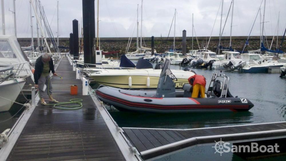Location yacht à L'Île-d'Yeu - Zodiac PRO RACING 5. sur SamBoat