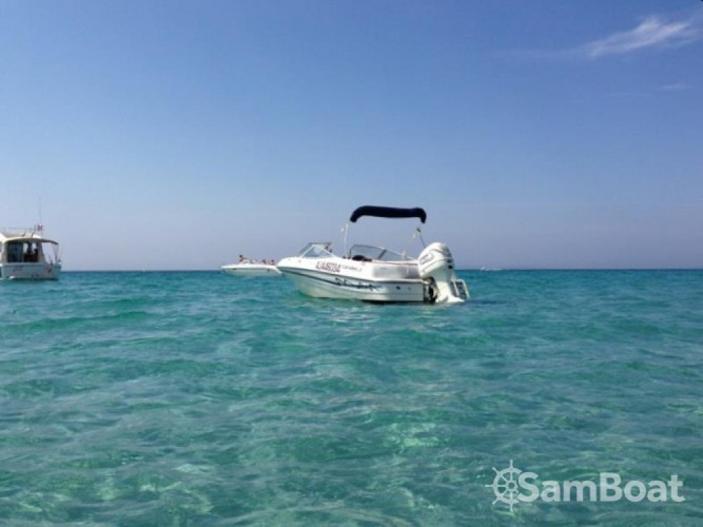 Hire Motor boat with or without skipper Four Winns Pérols