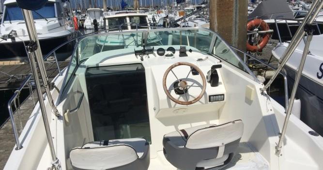 Rental yacht Saint-Malo - White Shark White Shark 236 on SamBoat