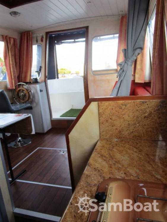 Location bateau Socorel (vert d'eau) à Nantes sur Samboat