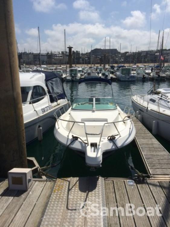 Bateau à moteur à louer à Saint-Malo au meilleur prix