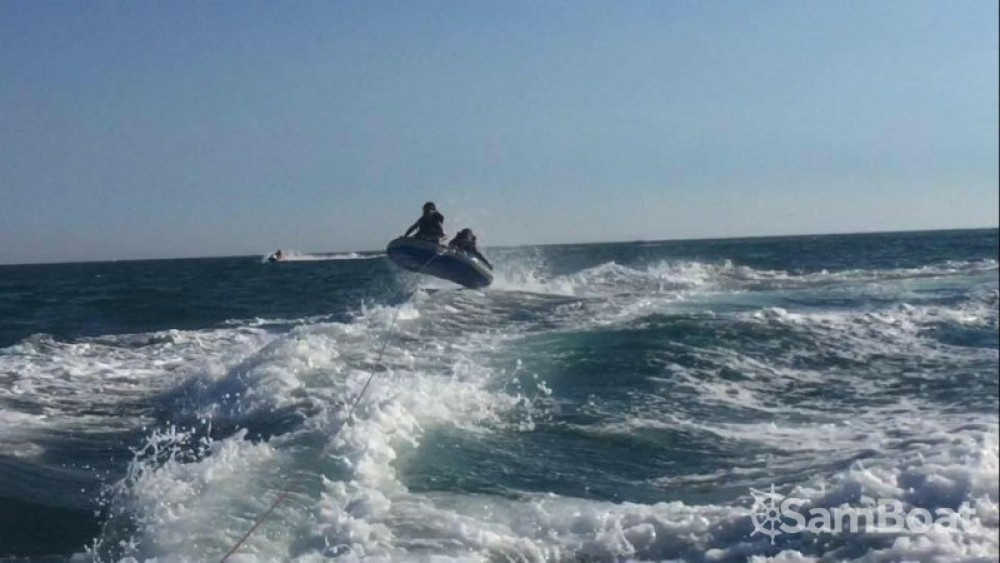 Rental yacht Pérols - Four Winns Horizon 180 on SamBoat