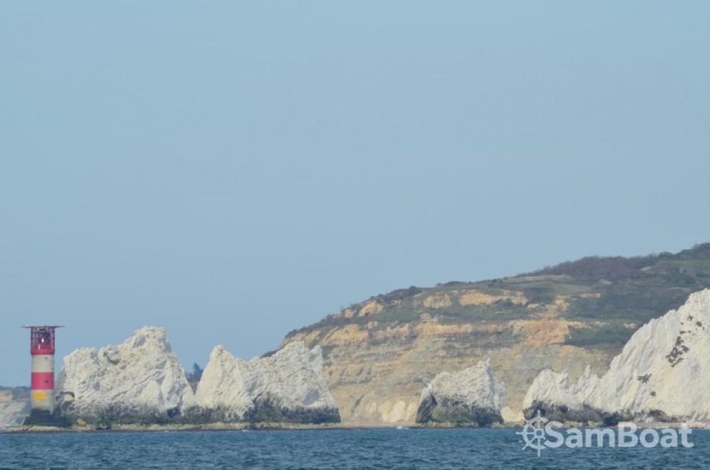 Location bateau Cherbourg-en-Cotentin pas cher Dufour 50 Classic