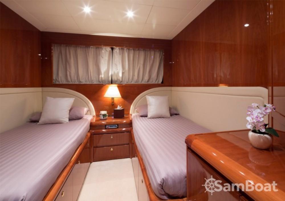 Yacht à louer à Mandelieu-la-Napoule au meilleur prix