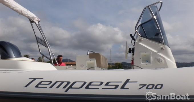 Location bateau Capelli Tempest 700 à Sainte-Maxime sur Samboat
