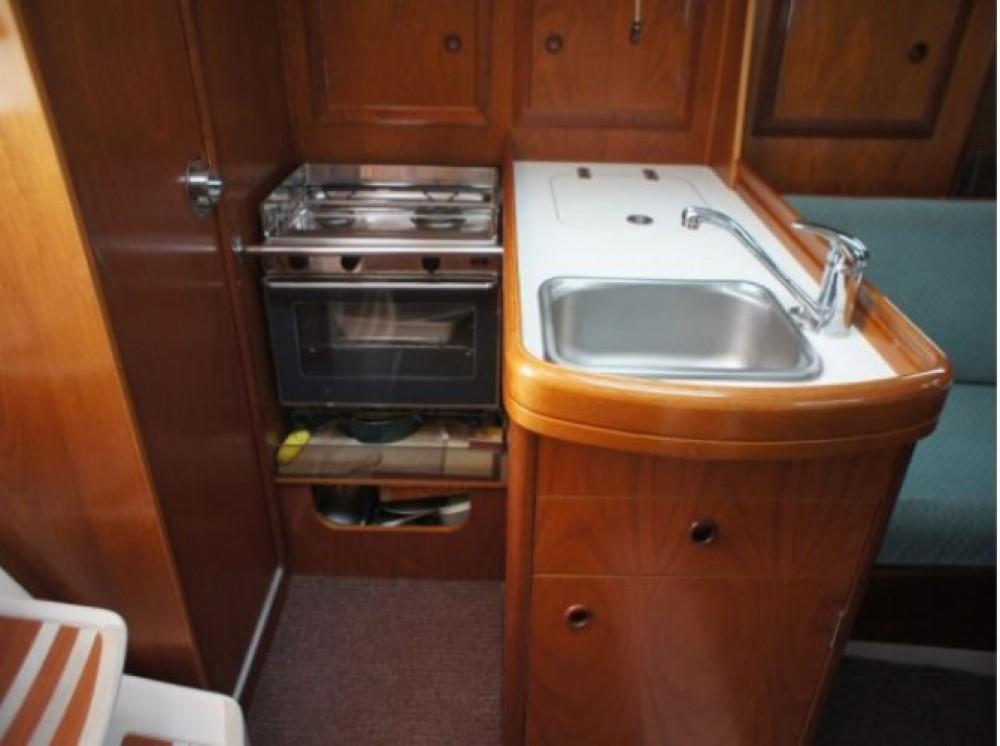 Bénéteau Oceanis 311 DL entre particuliers et professionnel à Arzon