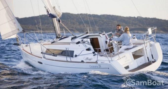 Location bateau Bénéteau Oceanis 31 Dl à Port du Crouesty sur Samboat