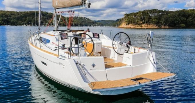 Louer Voilier avec ou sans skipper Jeanneau à Port du Crouesty