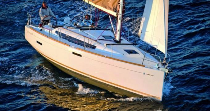 Location bateau Arzon pas cher Sun Odyssey 389