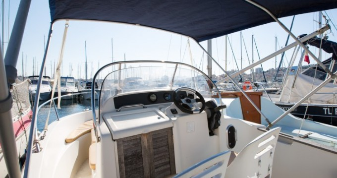 Location bateau Marseille pas cher Cap Camarat 545 WA