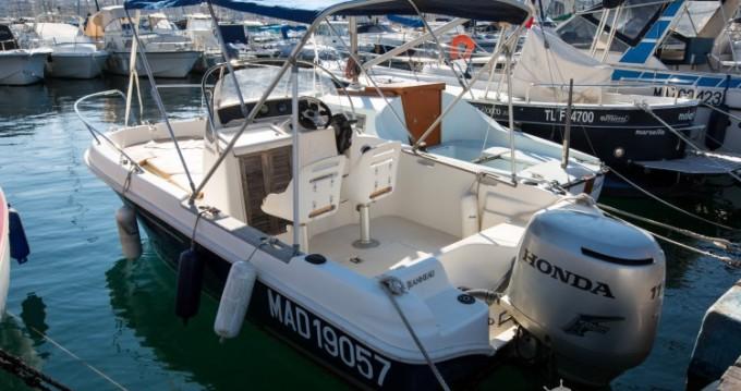 Louez un Jeanneau Cap Camarat 545 WA à Marseille
