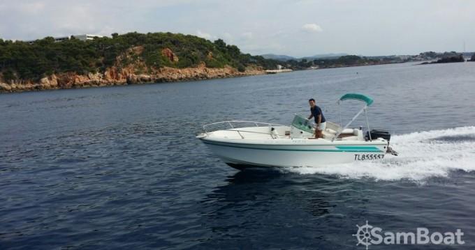 Location bateau Jeanneau Cap Camarat 575 à Saint-Cyr-sur-Mer sur Samboat
