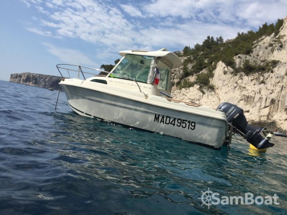 Louez un Jeanneau Merry Fisher 530 à Marseille