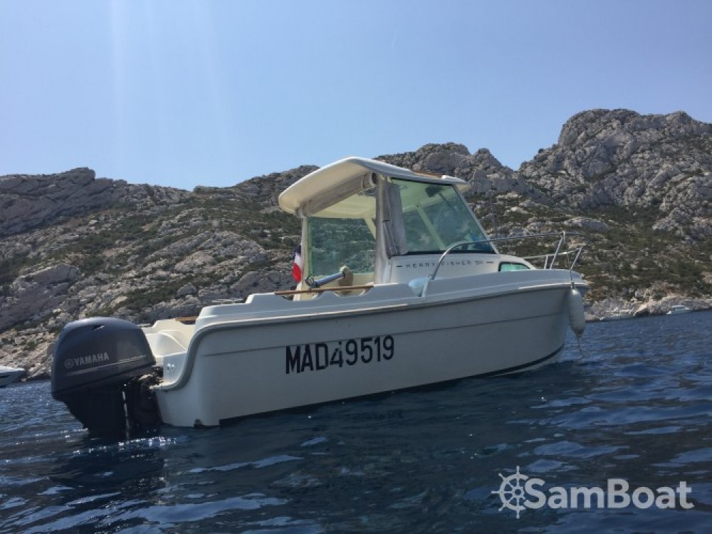 Rental Motor boat in Marseille - Jeanneau Merry Fisher 530