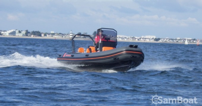 Hire RIB with or without skipper Highfield Lorient