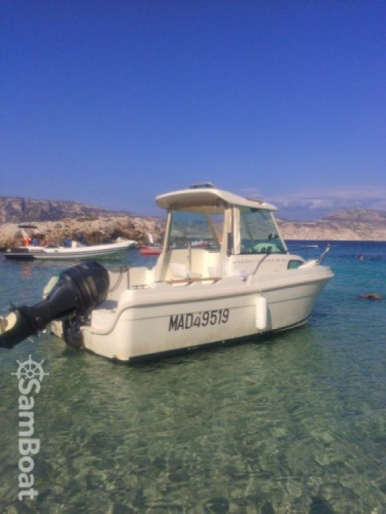 Boat rental Marseille cheap Merry Fisher 530