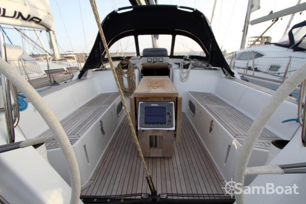 Location bateau Cantiere Del Pardo Grand Soleil 50 à Marseille sur Samboat