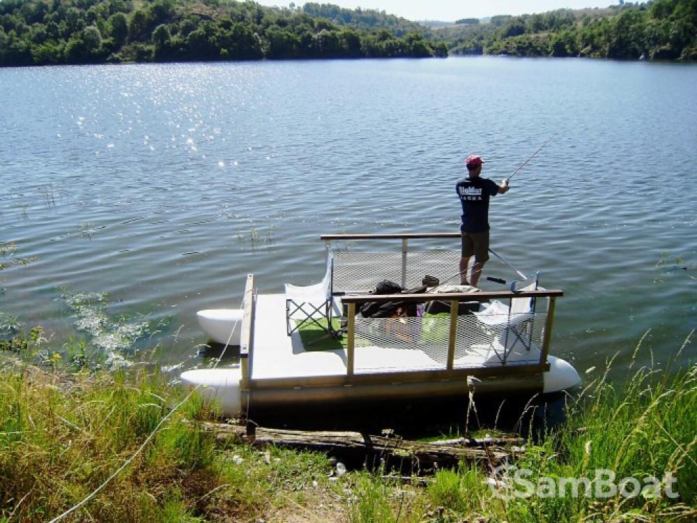 Boat rental Waterlily-Boat Waterlily 3020 in Villerest on Samboat