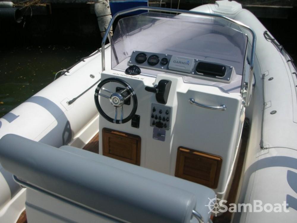 Louez un Joker Boat Clubman 26 à Hyères
