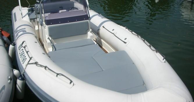 Location bateau Joker Boat Clubman 26 à Hyères sur Samboat