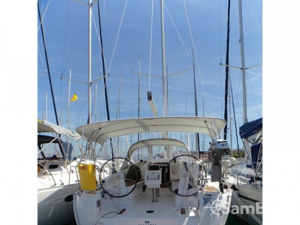 Bavaria Bavaria Cruiser 37 between personal and professional ACI Marina Trogir