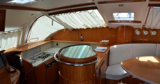Location bateau Alliaura Privilege 465 à Marina Baotić sur Samboat