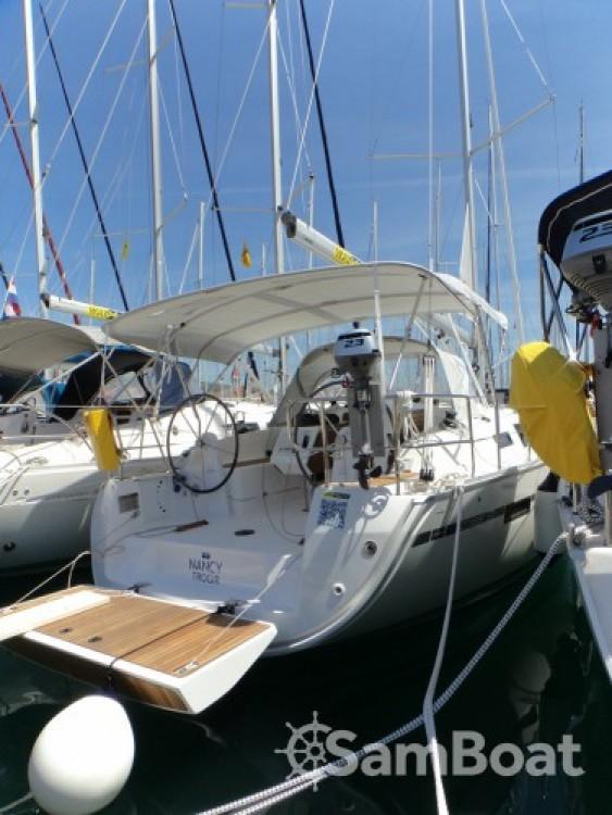 Rental Sailboat in ACI Marina Trogir - Bavaria Bavaria Cruiser 37