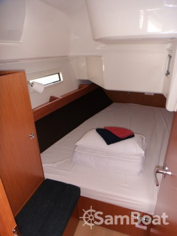 Yacht-Charter in ACI Marina Trogir - Bavaria Bavaria Cruiser 37 auf SamBoat