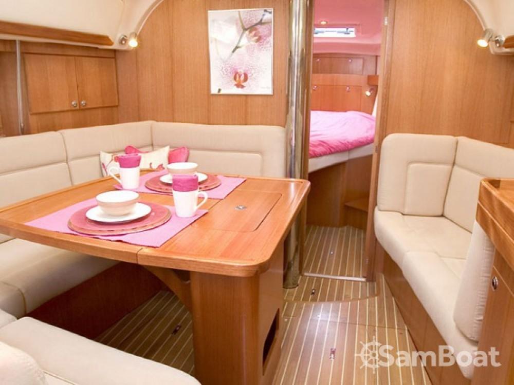 Location yacht à ACI Marina Dubrovnik - Elan Elan 384 sur SamBoat