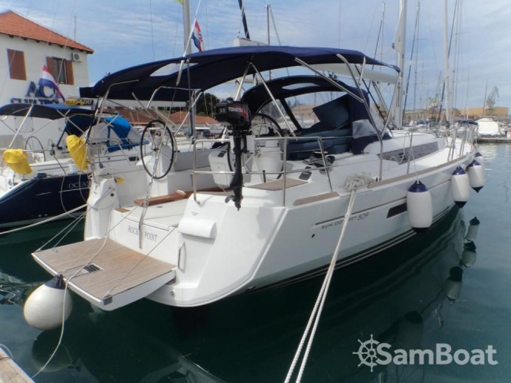 Huur een Jeanneau Sun Odyssey 509 in ACI Marina Trogir