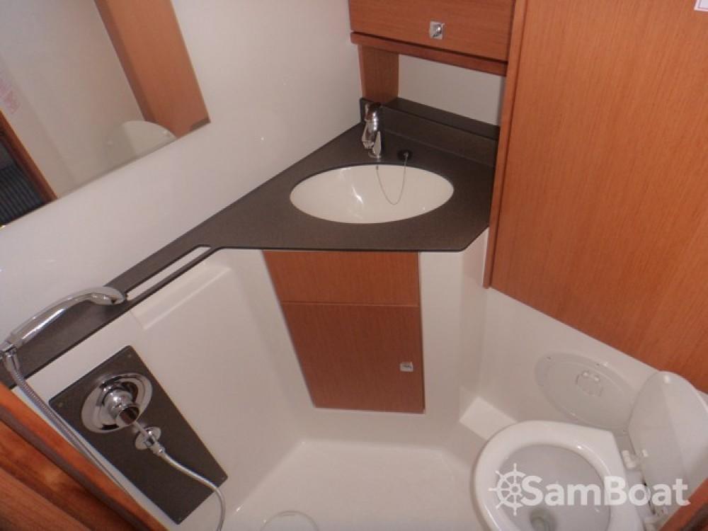Rental yacht ACI Marina Dubrovnik - Bavaria Cruiser 46 on SamBoat