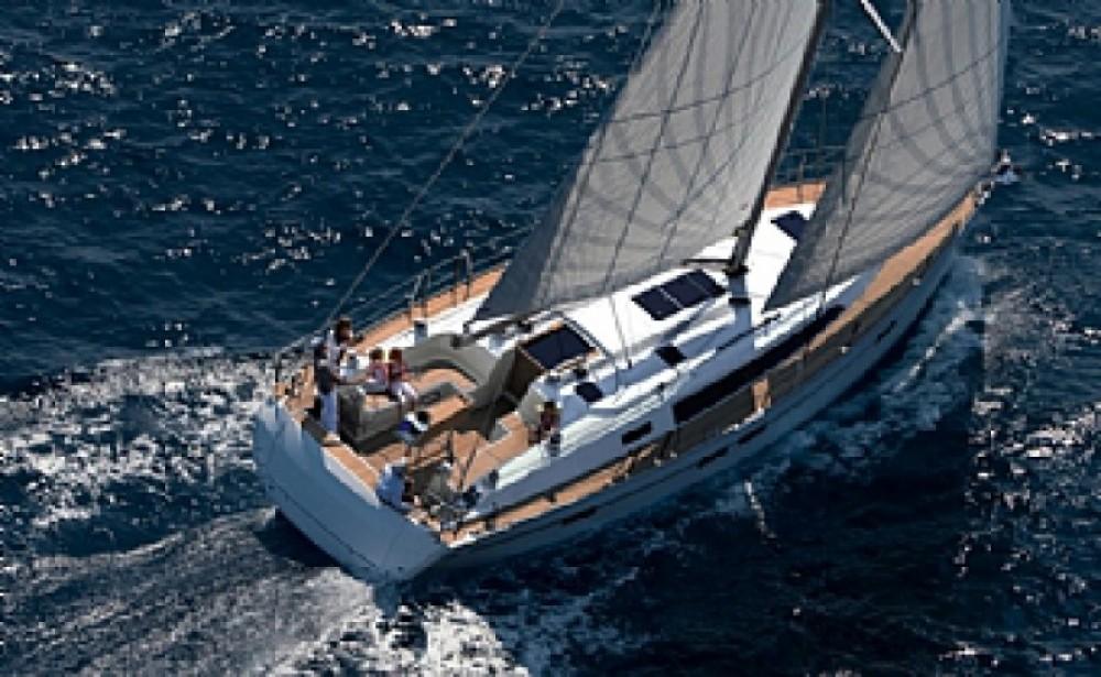 Location bateau ACI Marina Trogir pas cher Cruiser 46