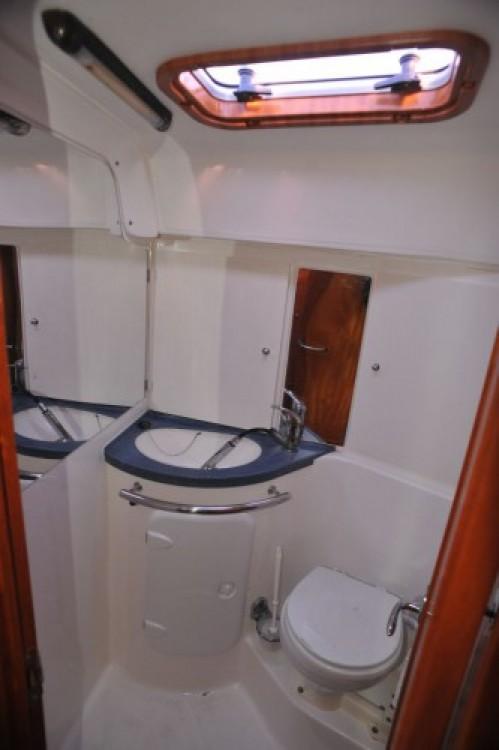 Louez un Bavaria Bavaria 37 Cruiser à ACI Marina Dubrovnik
