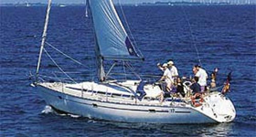 Bavaria Cruiser 37 entre particuliers et professionnel à ACI Marina Trogir
