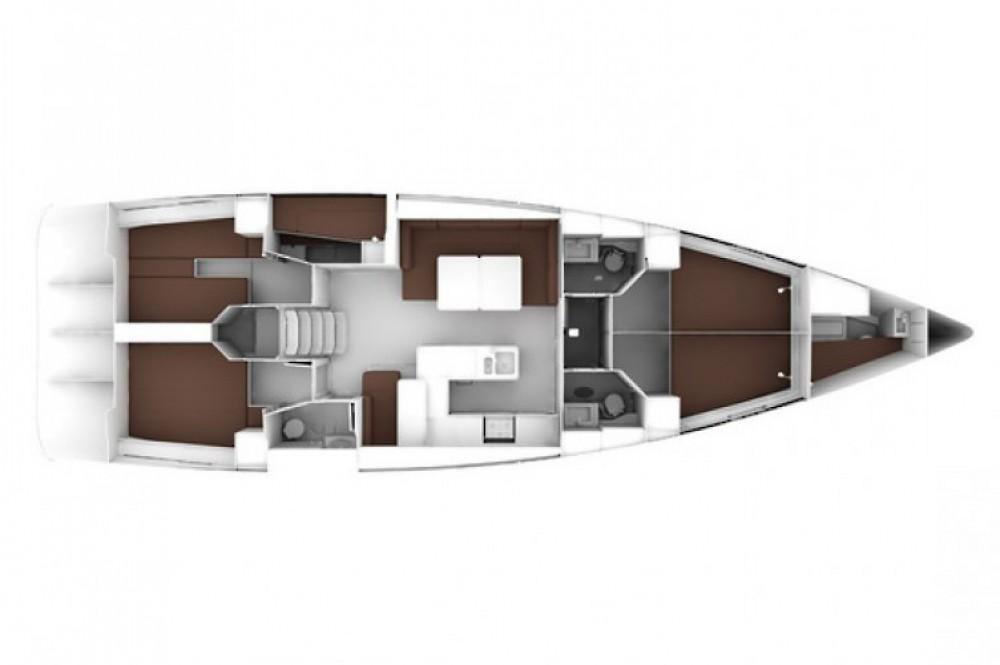 Bavaria Cruiser 56 entre particuliers et professionnel à Marina Kaštela