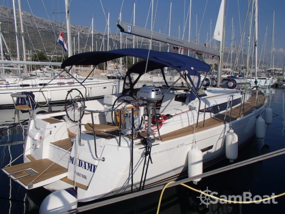Louez un Jeanneau Sun Odyssey 439 à Marina Kaštela