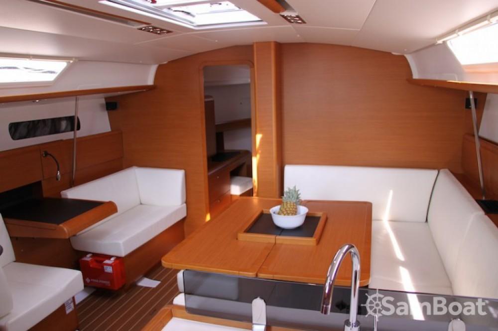 Location bateau Jeanneau Sun Odyssey 439 à Marina Kaštela sur Samboat