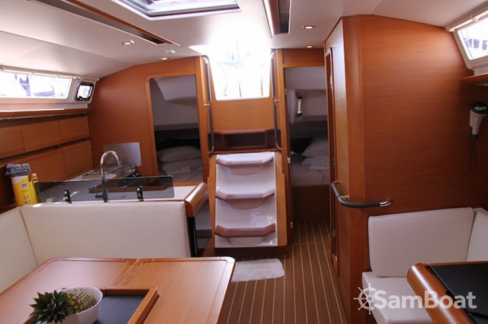 Location Voilier à Marina Kaštela - Jeanneau Sun Odyssey 439