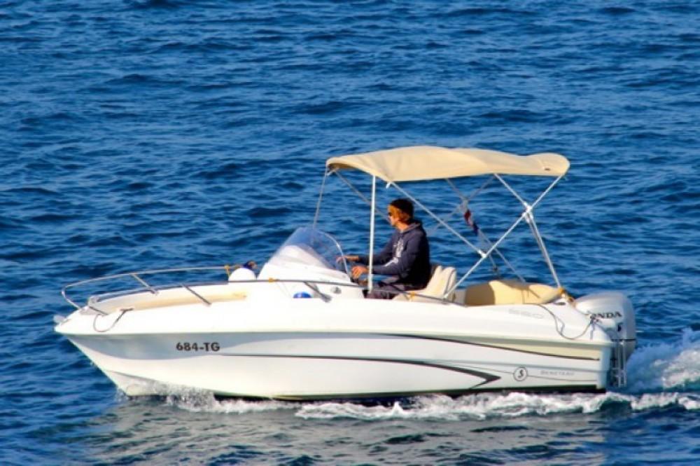 Location bateau Bénéteau Beneteau Flyer 550 SD à ACI Marina Trogir sur Samboat